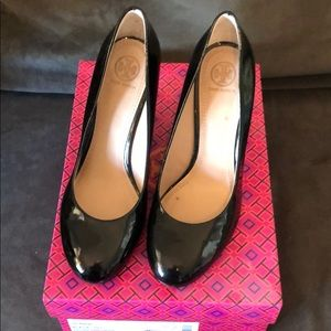 Tory Burch Astoria 90mm Wedge size 9
